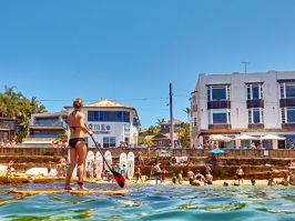 Paddleboarding, Cabbage Tree Bay Aquatic Reserve, Manly