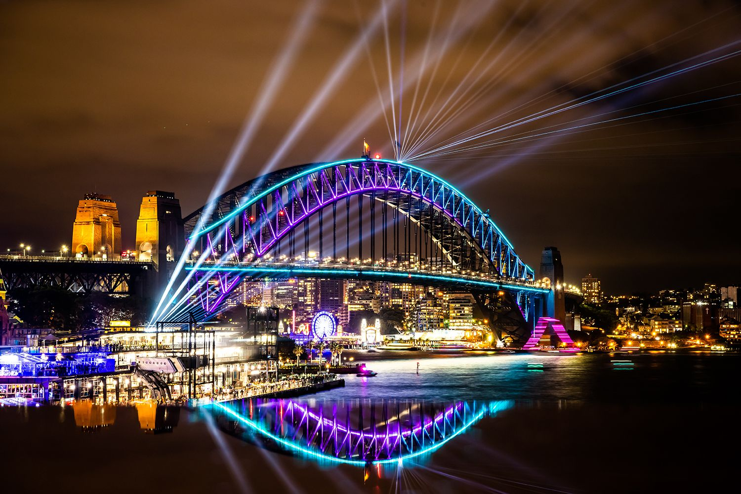Sydney Harbour Bridge illuminated by 32 Hundred's Skylark light installation, Vivid Sydney 2018.