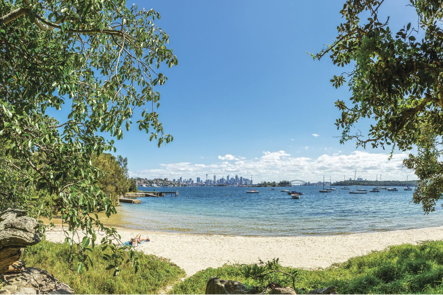 Views of Hermit Bay and Sydney Harbour from the Hermitage Foreshore walking track