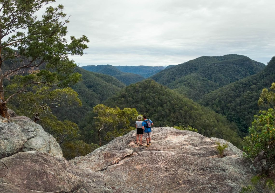 Hikers admiring the Grose River Gorge from the Vale of Avoca, Hawkesbury