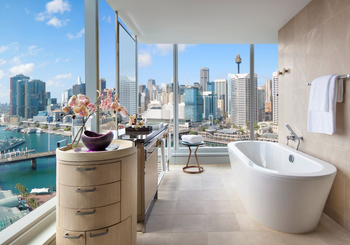 Sofitel Sydney Darling Harbour - inside the suite's bathroom