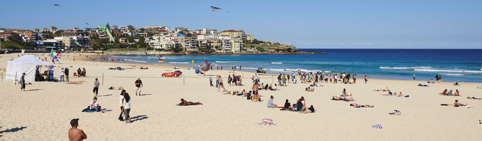 Bondi, Sydney - Plan a Holiday - Bondi Beach, Accommodation & Surf