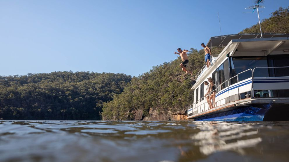 House boating in the Hawkesbury