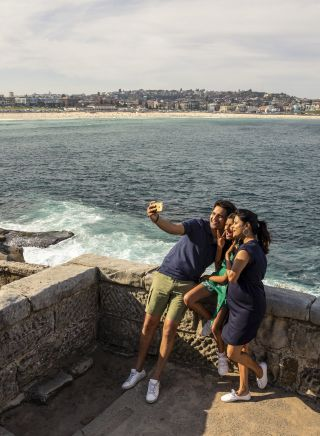 Family enjoying the Bondi to Bronte walk in Sydney's Eastern Suburbs.